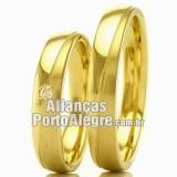 Alianças de ouro para casamento Rs