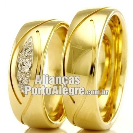 Alianças Porto Alegre em ouro para casamento.